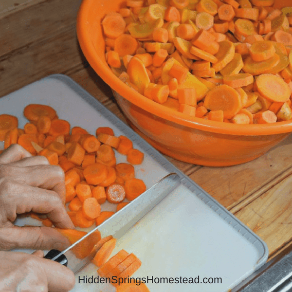 Dice to can carrots